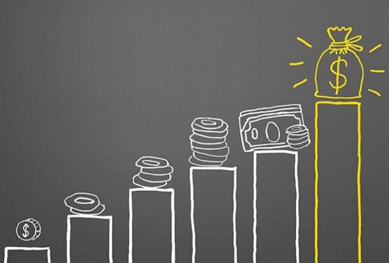 αύξηση κερδών στο ηλεκτρονικό εμπόριο