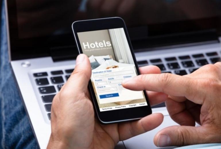 Δημιουργία hotel booking app
